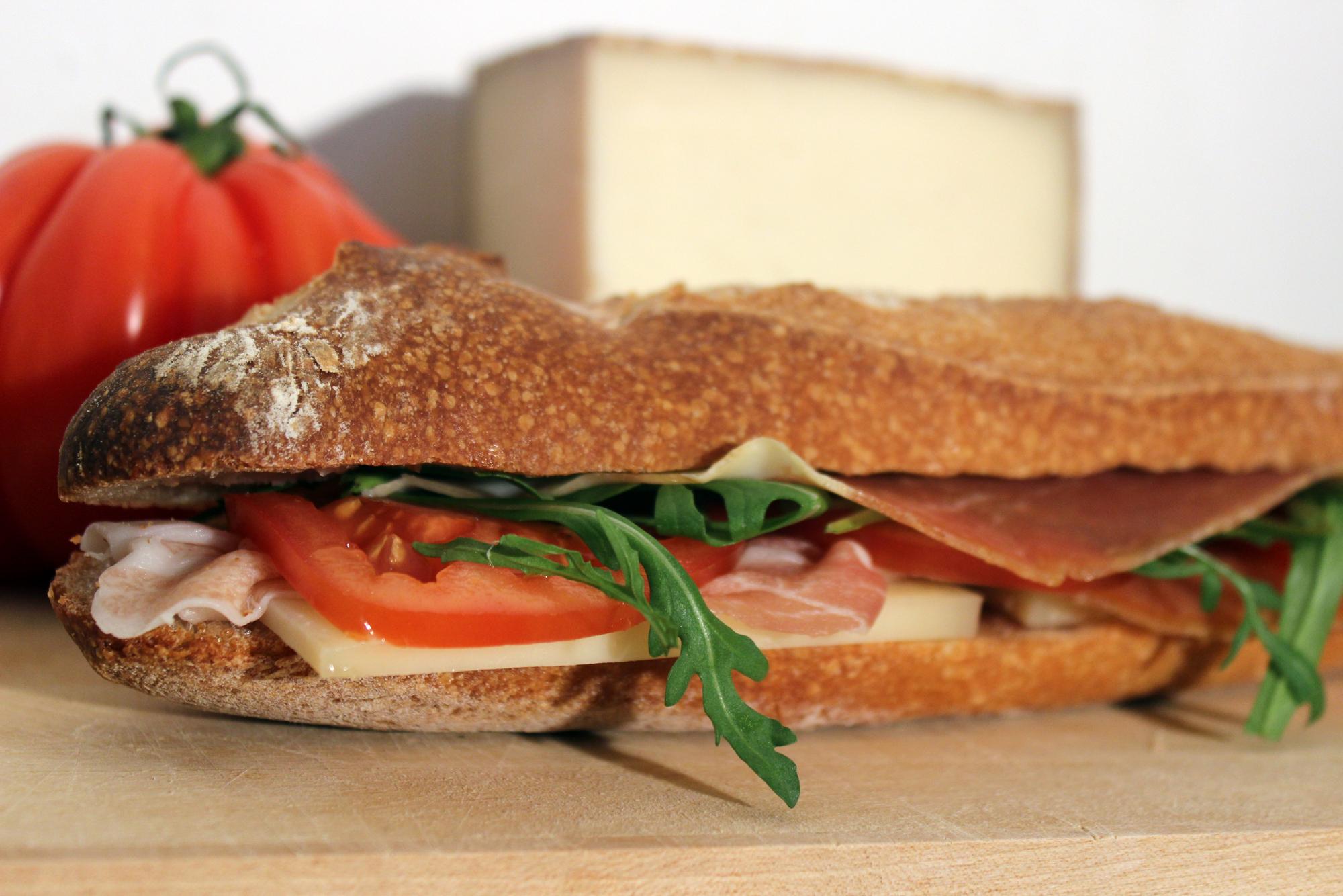Pour changer des sandwichs des id es pour vos plateaux - Idee repas midi bureau ...